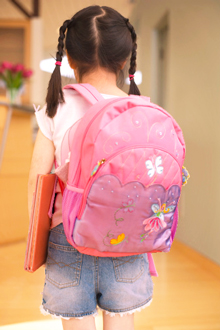 little-girl-with-backpack_web